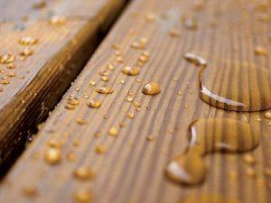 Legno impermeabilizzato, idrorepellente, effetto goccia, stop umidità